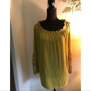 Cupio Size L Top With Lace Bell Sleeves